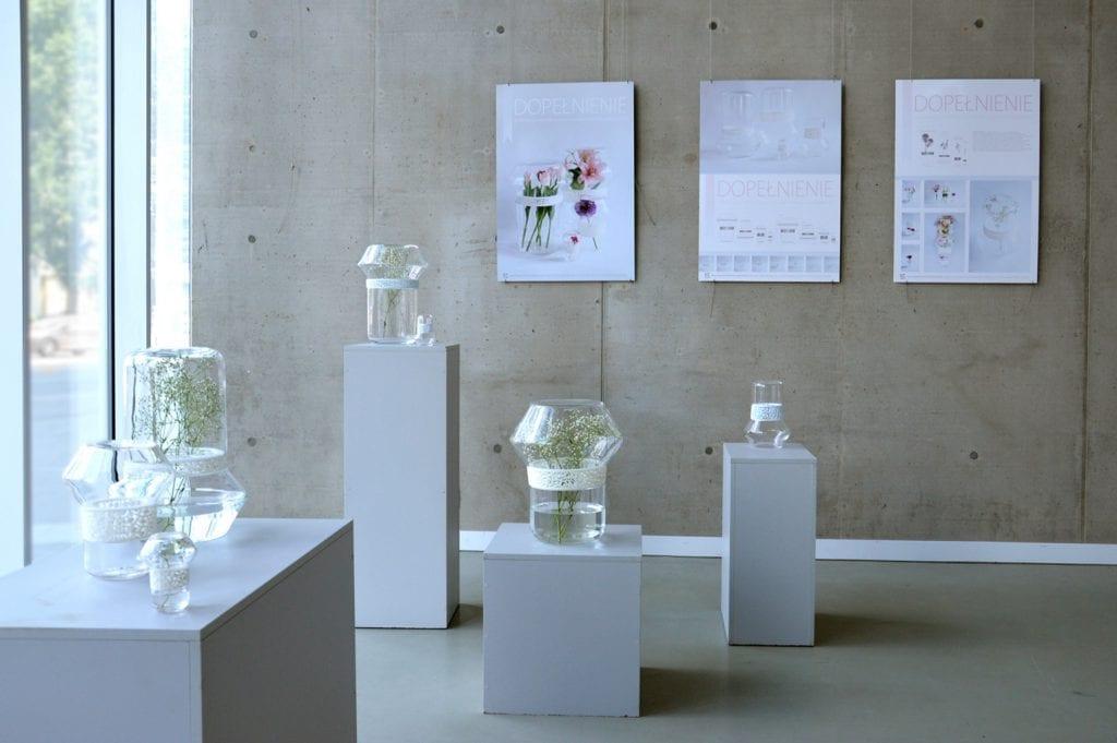 Dopełnienie - dyplom magisterski ze szkła użytkowego., wystawa kolekcji w Galerii Neon we Wrocławiu.
