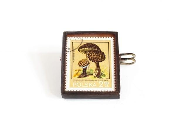Dzikie Twory - broszka ze znaczkiem pocztowym szyszkowiec