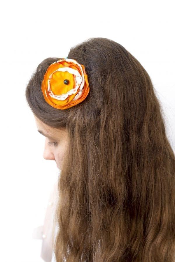 Dzikie Twory - opaska na włosy - z kwiatkiem43